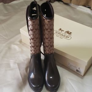 COACH LEATHERWARE BOOTS